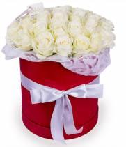 31 белая роза в коробке