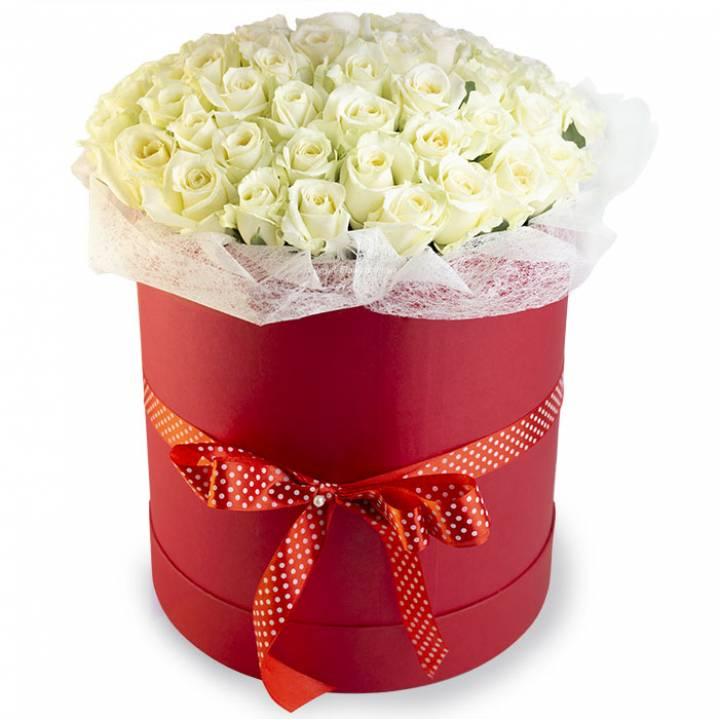 51 белая роза в шляпной коробке