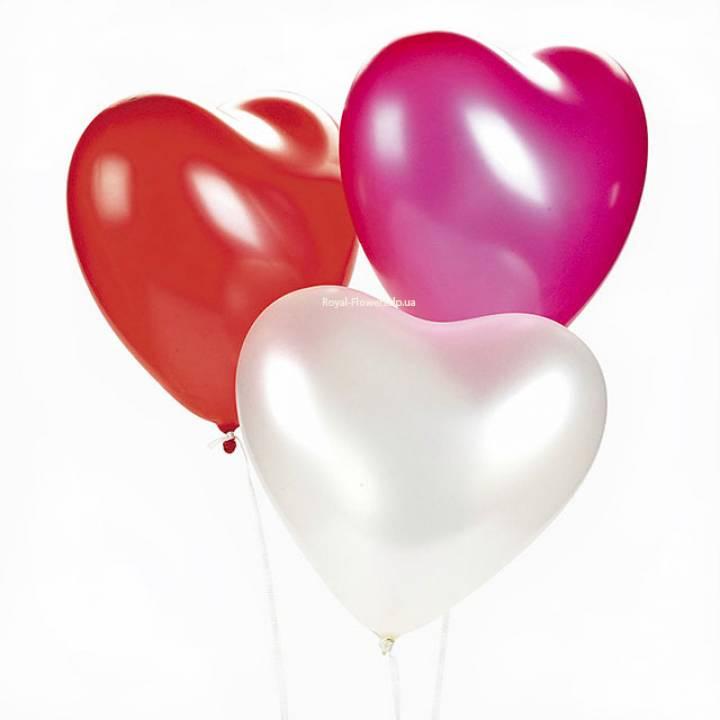 3 гелиевых шарика в форме сердца