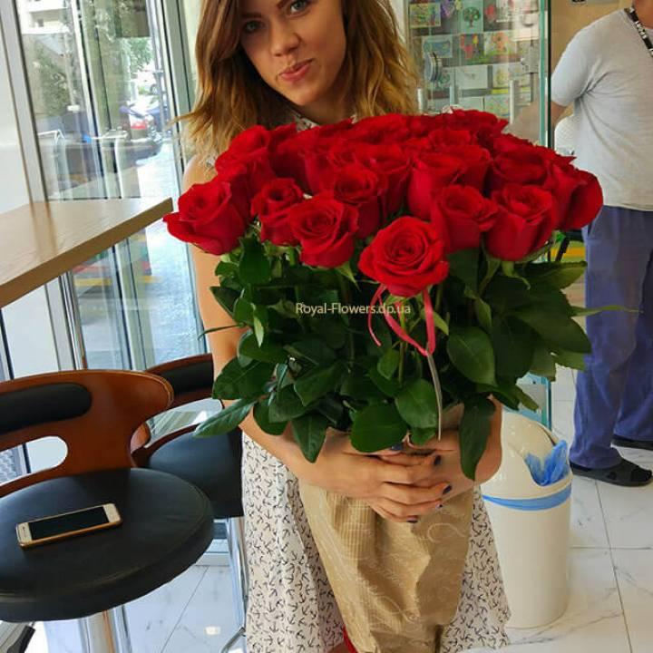 Букет из 21 красной метровой розы