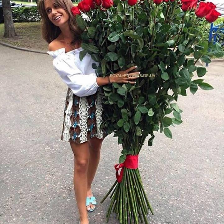 Свежие метровые розы в Днепропетровске