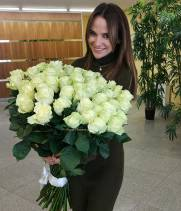 51 белая метровая роза