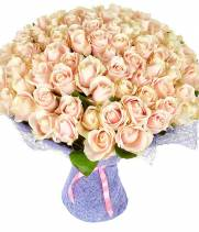 Букет из 101 кремовой розы