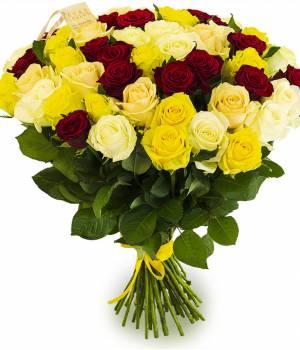 51 разноцветная роза в букете