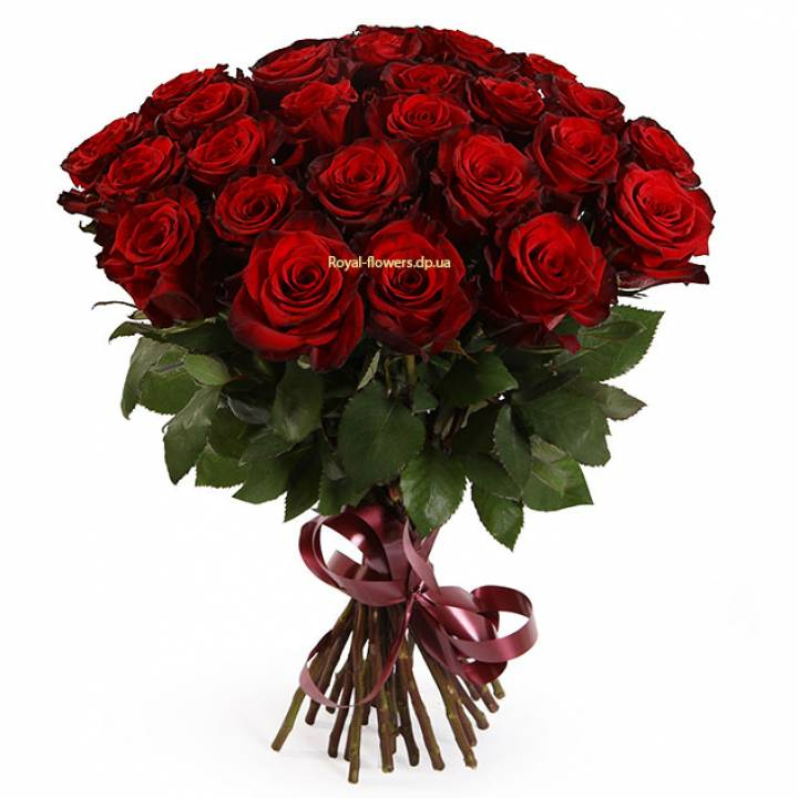 Букет 25 красных роз Гран-При