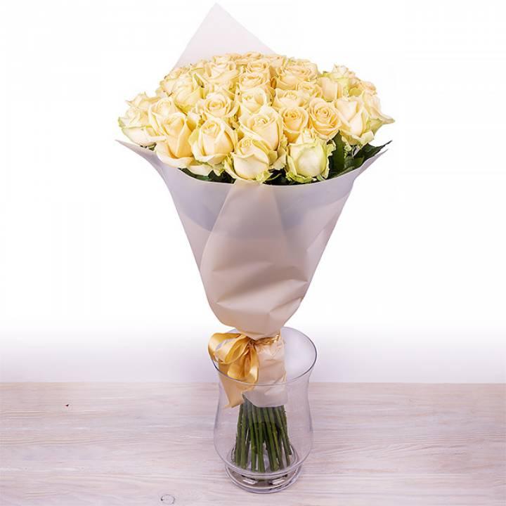 Букет кремовых роз от 11 шт