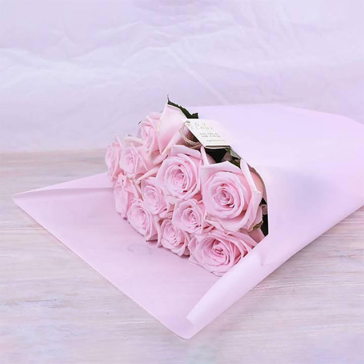 11 нежно розовых роз - сорт Кимберли