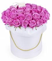 51 розовая роза Аква в шляпной коробке
