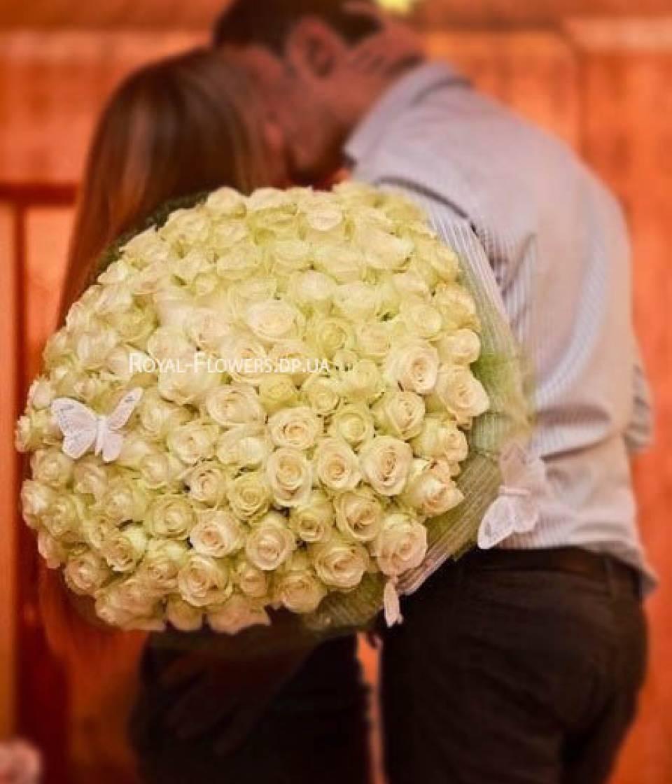 Сон букет белых цветов от мужчина подарили, цветов нижнекамске