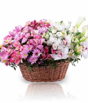 Авторская корзина цветов