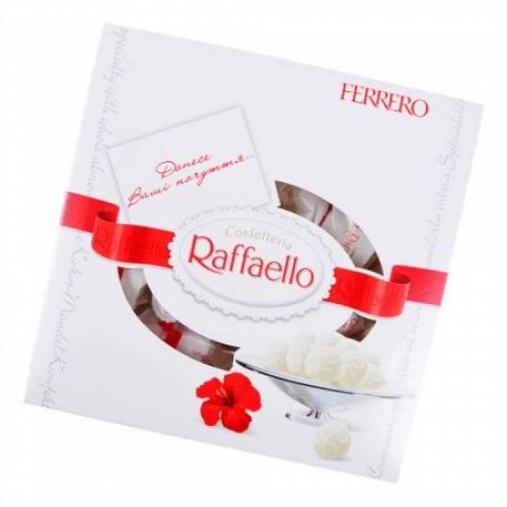 Конфеты Raffaello 240г