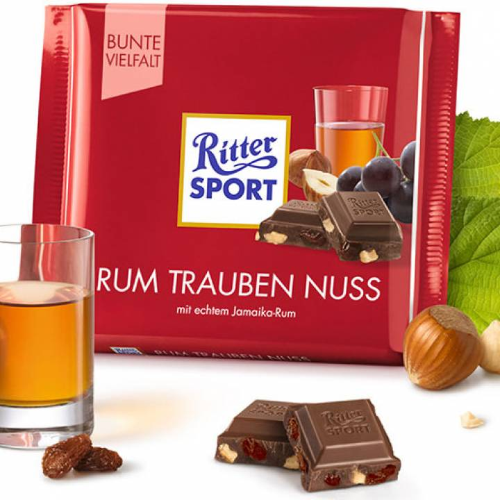 Шоколад молочный Ritter Sport -ром, изюм и орех 100 г