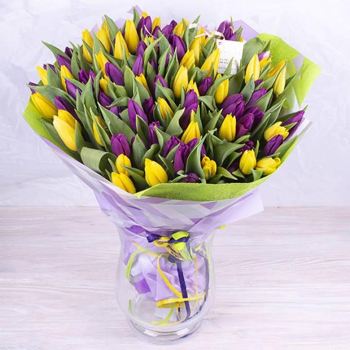 Букет 101 тюльпан цвет: желтый и фиолетовый